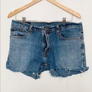 Vintage LEVI's cut off shorts size 32